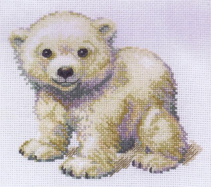 Little polar bear cross stitch kit by anchor