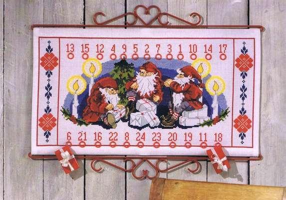Three Santa's Advent Calendar - click for larger image