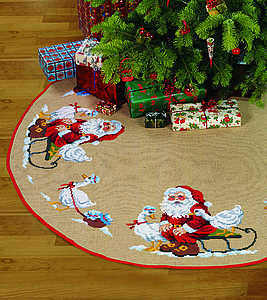 Santa with geese Christmas tree skirt - click for larger image
