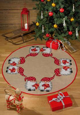 Little Santa's Tree Skirt  - click for larger image