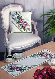 Roses and lilies table runner - click for larger image