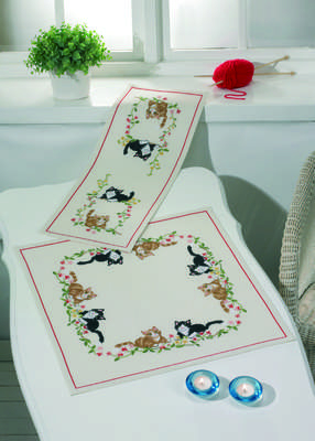 Cats and Flowers Table Runner - click for larger image