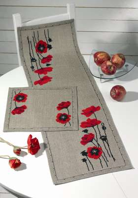 Poppy in Nature Table Runner - click for larger image