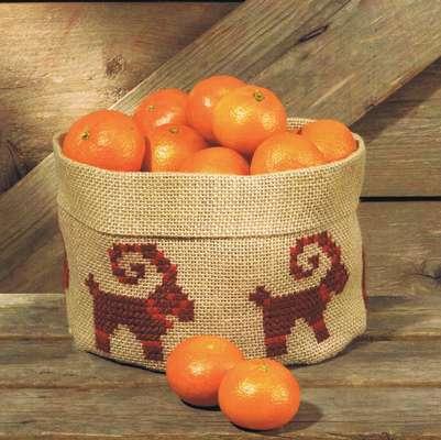 Christmas Goat Basket - click for larger image