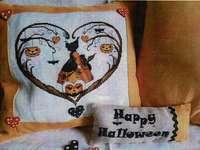 Click for more details of Cuori Di Halloween (Halloween Hearts) (cross stitch) by Serenita di Campagna