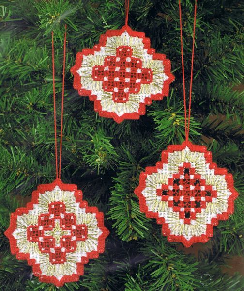 Red And Gold Christmas Tree Balls 22 Count