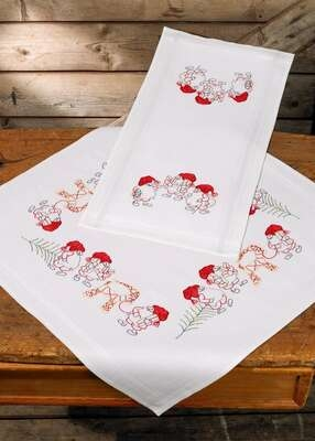 Elf Table Centre - click for larger image
