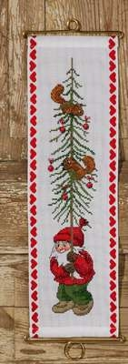 Elf with Tree Wall Hanging - click for larger image