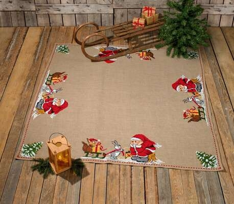Santa Claus with Animals Tree Skirt - click for larger image