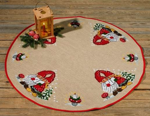 Singing Elves Tree Mat