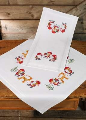Elf Table Runner - click for larger image