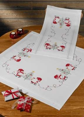 Decorating the Tree Table Runner - click for larger image