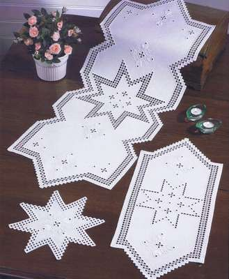 Christmas Star long table runner - click for larger image