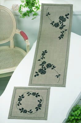 Black Roses Table Runner - click for larger image