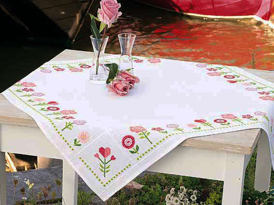 Pink Flowers Table Cover Kit