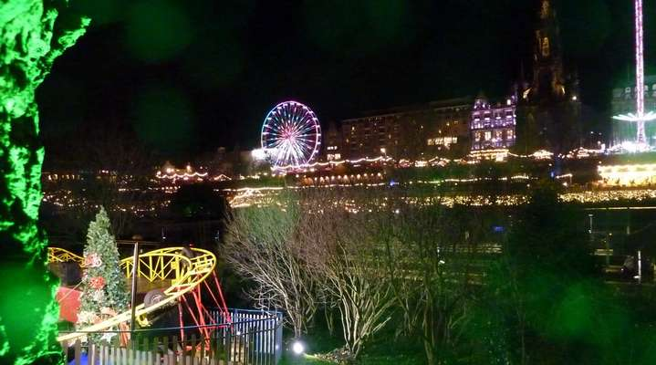 Edinburgh in the Festive Season, photo